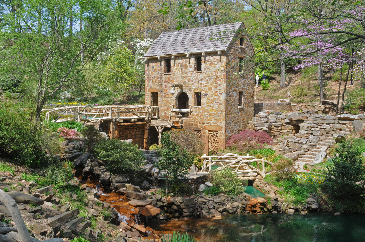 The Old Mill at T.R. Pugh Memorial Park.  North Little Rock Convention & Visitors Bureau.