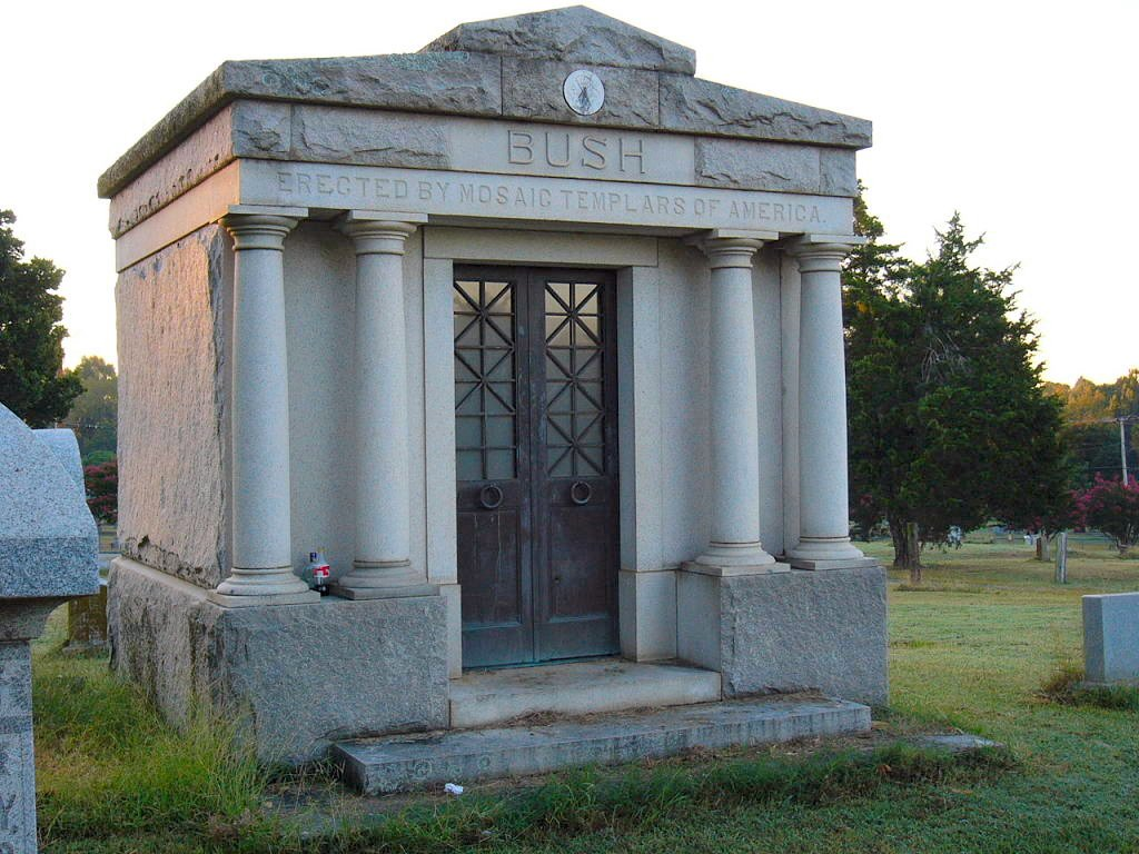 John Bush's mausoleum. Photo attributed to David M. Habben.