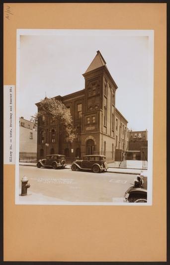 The school building in 1931 (bushwick-studio.wikispaces.com)