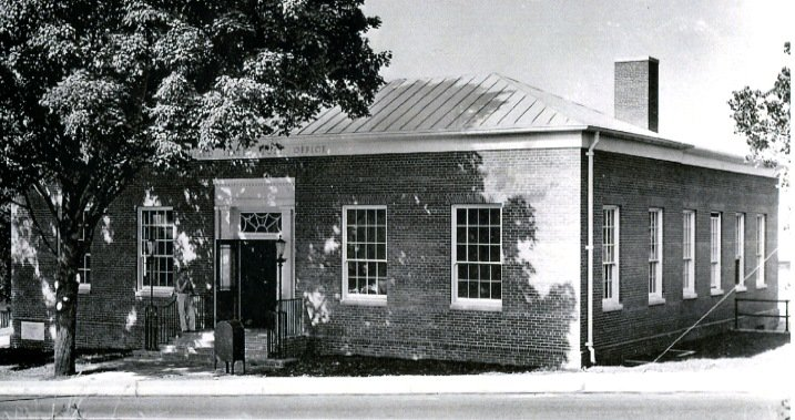 Lewisburg Post Office soon after construction from Greenbrier Historical Society archives.