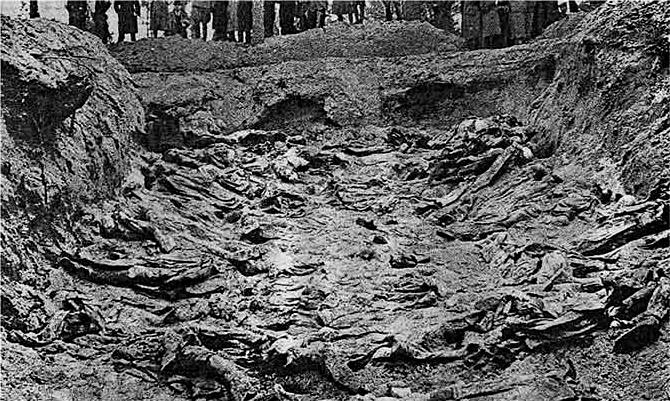 A mass grave at Katyn, 1943