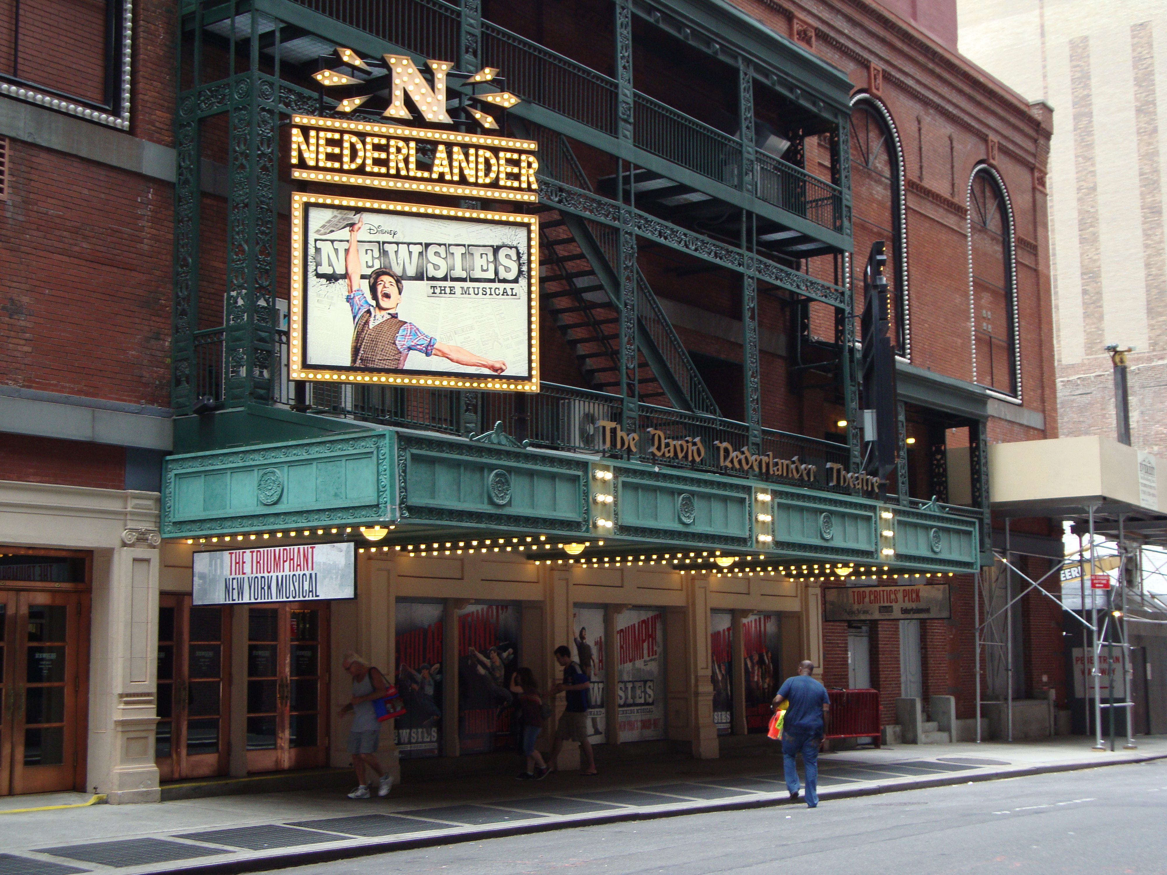 Nederlander Theatre exterior (image from Ludus NYC)