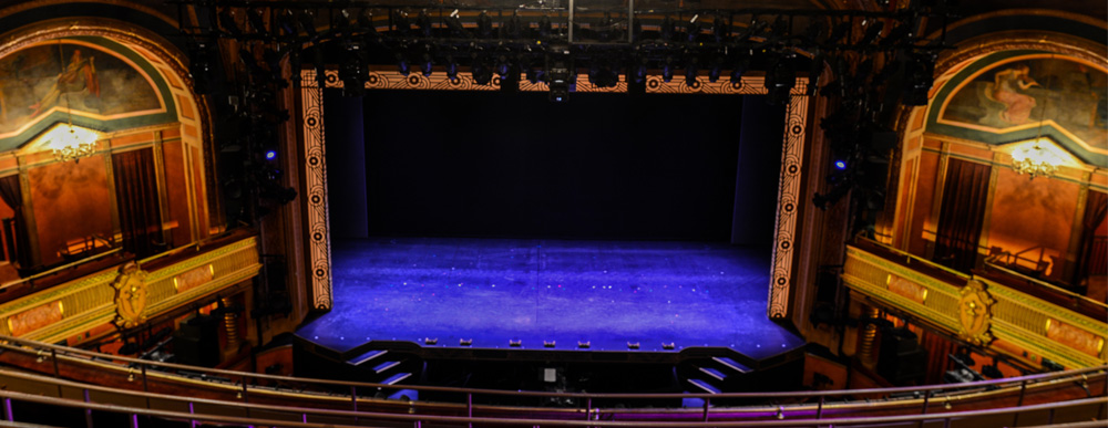 American Airlines Theatre stage (image from Roundabout Theatre Company)