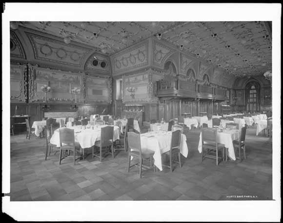 Dining room of the Engineers' Club, 1910 (image from the Museum of the City of New York)