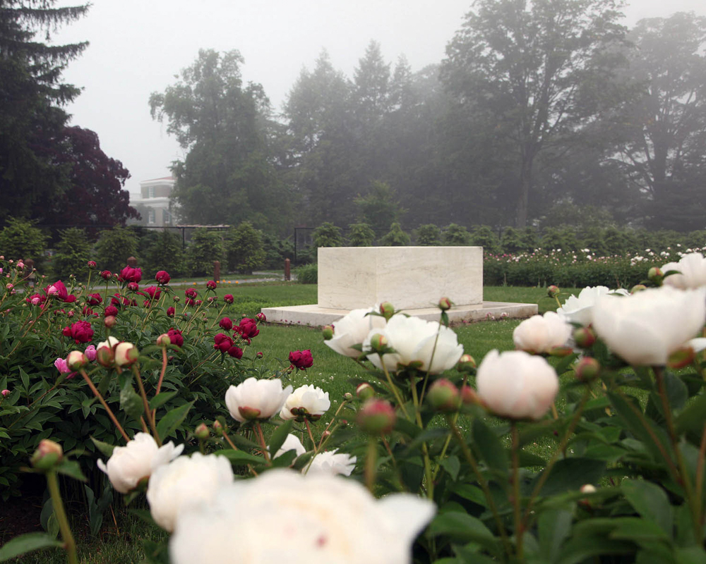 Burial site of Franklin and Eleanor Roosevelt in the Rose Garden.