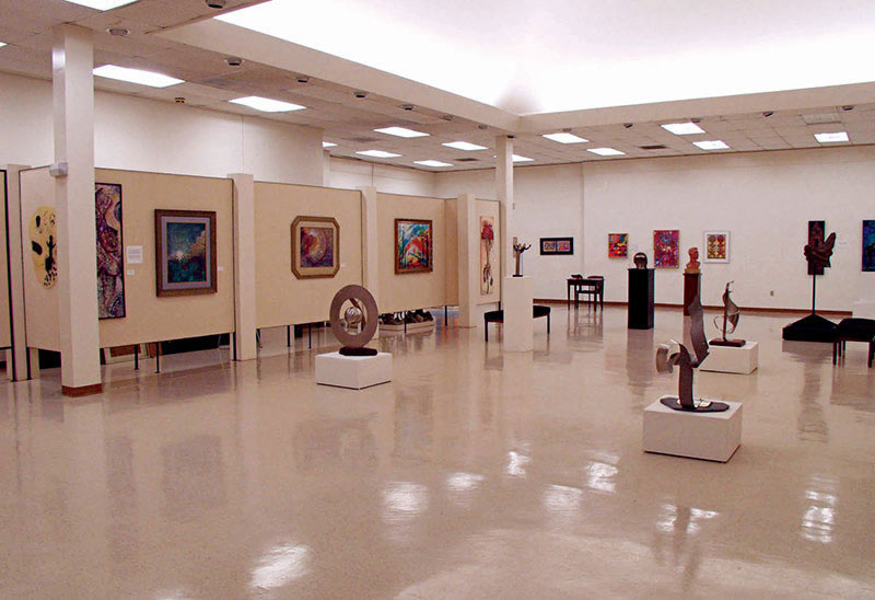 exhibit room in the North Carolina Central University Art Museum
