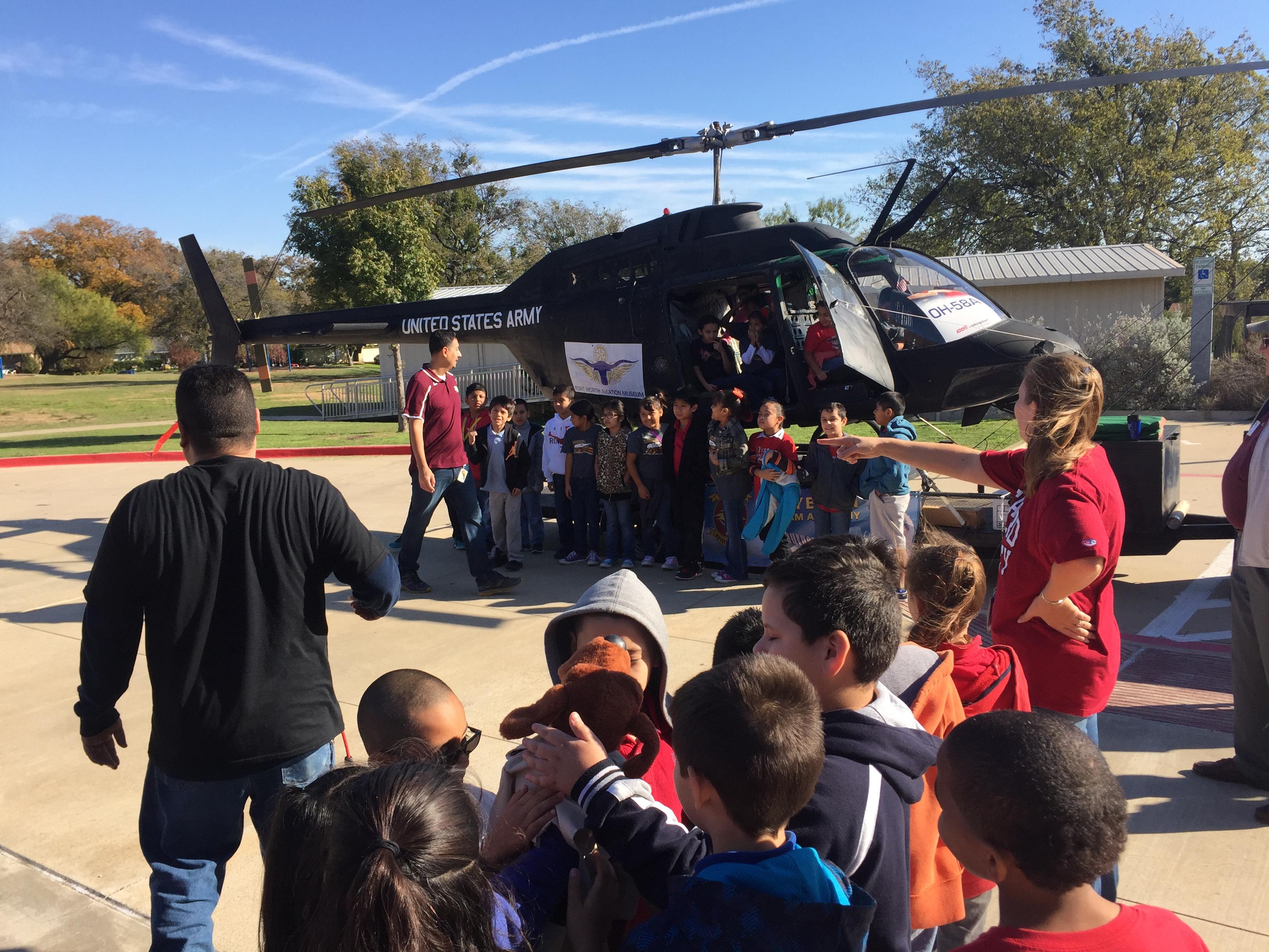 """""""Kiowa-4-Kids"""" school visit."""