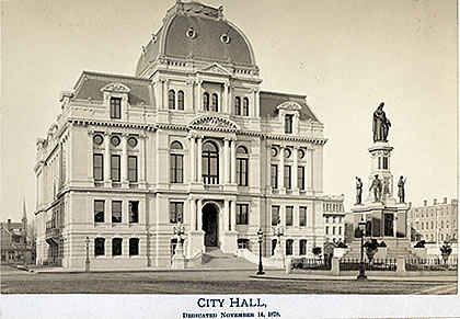 This photo of Providence's City Hall was taken in the late 19th century.