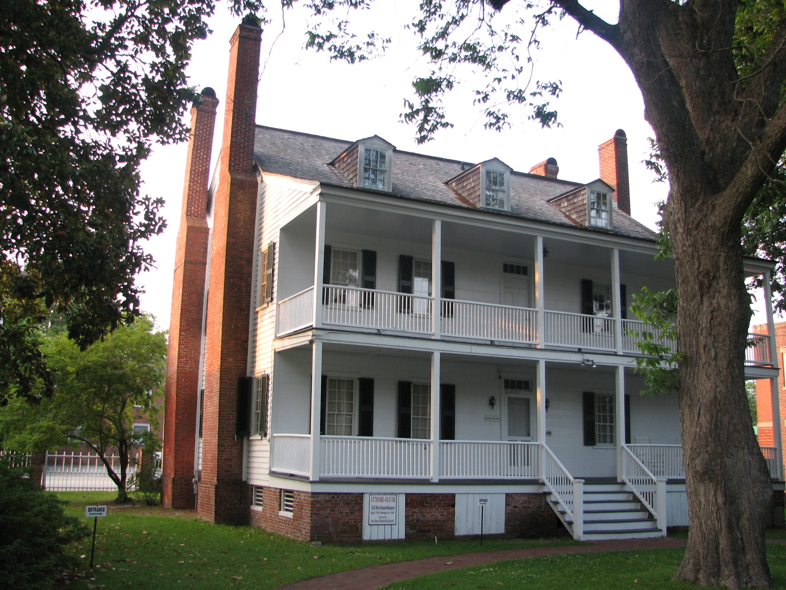 Three families lived on the property starting with Chapman family in 1790. In 1834 the Altmore family moved in and expanded the house. Later the Oliver family lived in the house and the last descendants sold it to the historical society.
