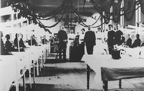 Historic photo of Christmas in a Letterman Hospital ward (image from the National Park Service)