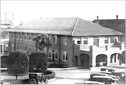 The building as it looked when it served as Letterman Hospital (image from the National Parks Service, Prisidio website)