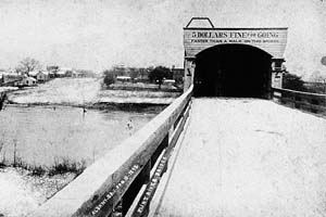 The early days of the Flint River Bridge.