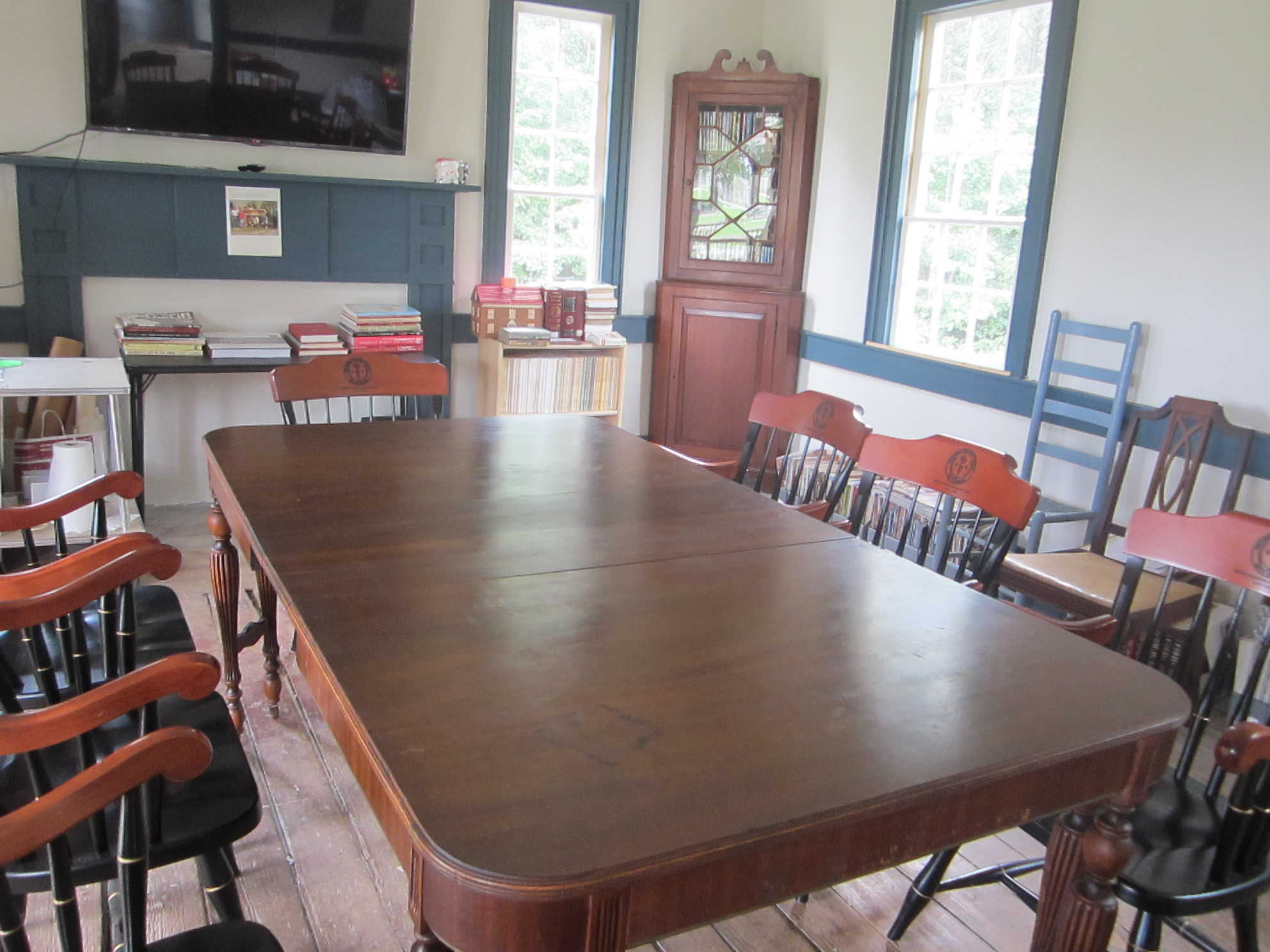 Original dining room now serves as conference/classroom for the Historic Preservation program.