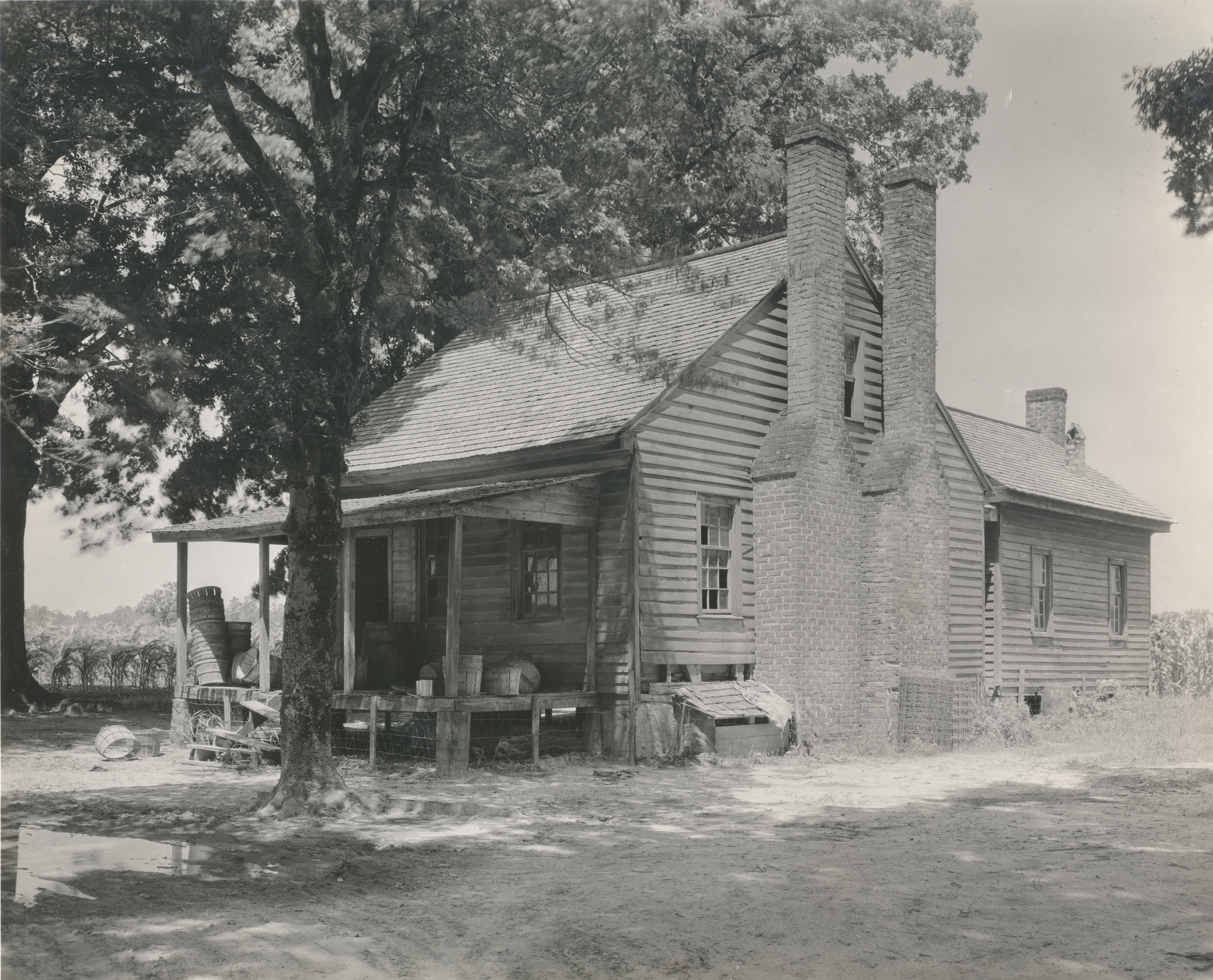 This is the earliest known photo of the Norfleet House, taken by Francis Benjamin Johnston in 1936. The photo is from the Library of Congress Carnegie Collection on Southern Architecture.