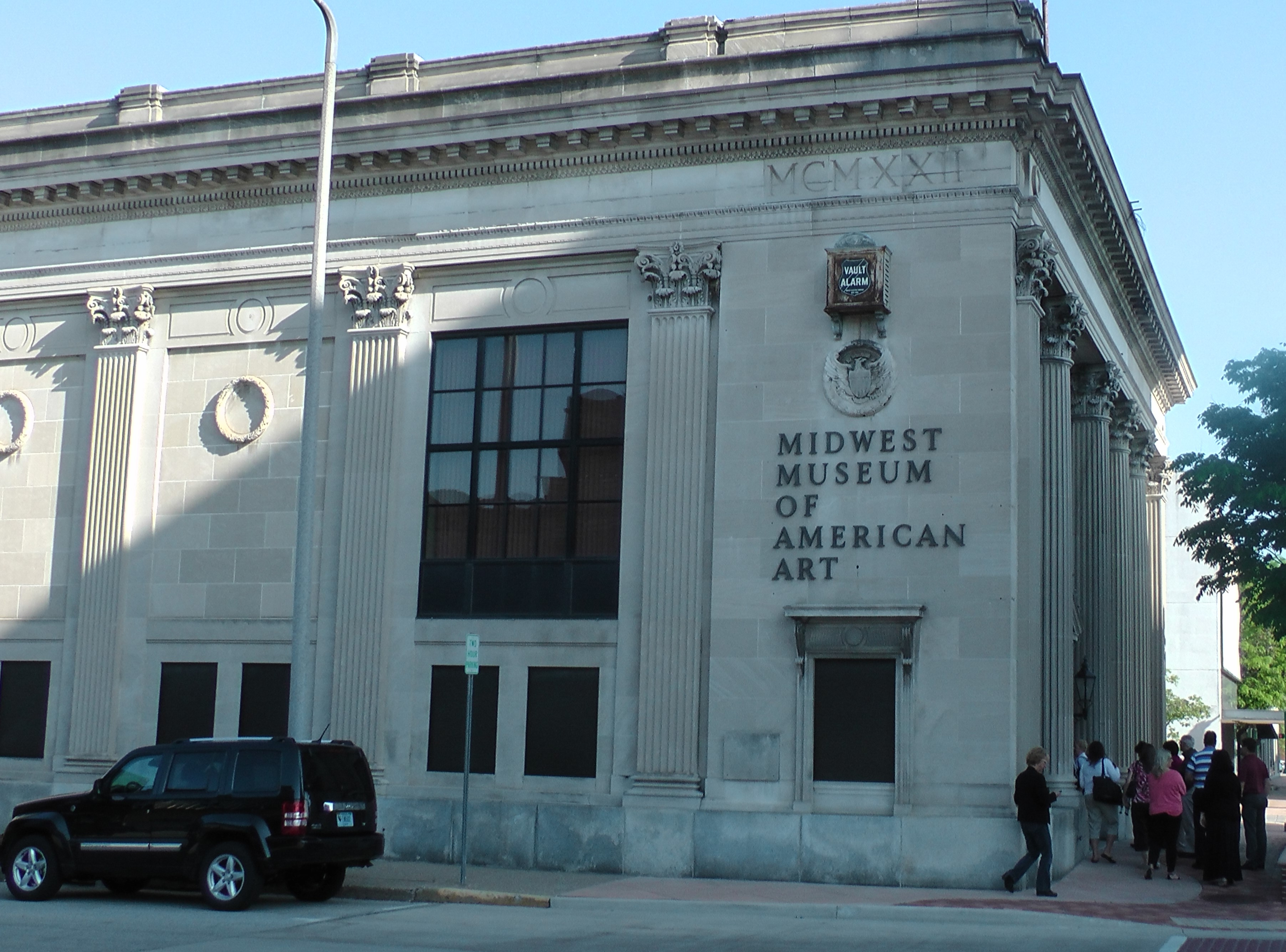 Former bank building now home to the Midwestern Museum of American Art.