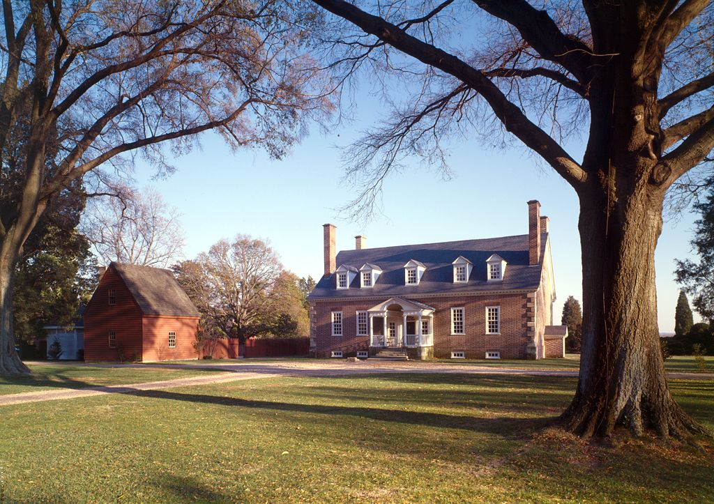 View of Gunston Hall from the northwest, Historic American Buildings Survey (no known restrictions)