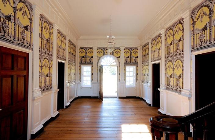 Ornamental interior of Gunston Hall's central hallway, Louise Kraft on GunstonHall.org/Encyclopedia Virginiana (reproduced under Fair Use)