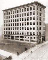 The second Charleston National Bank Building in 1911