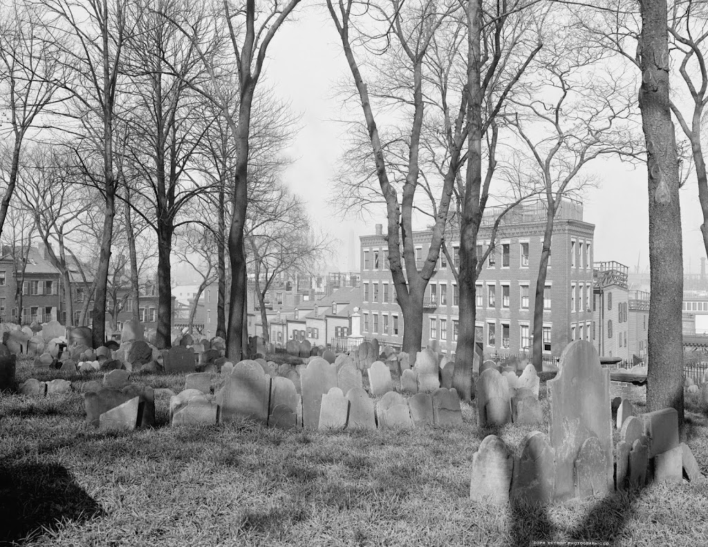 Copp's Hill Burying Ground in 1904 (image from Lost New England)