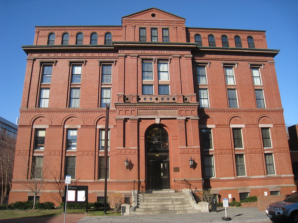 The Peabody Museum (image from Wikimedia Commons)