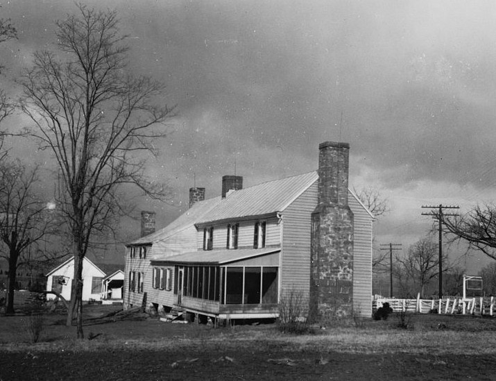 Original site of the Dranesville Tavern (photo taken by the Historic American Buildings Survery)