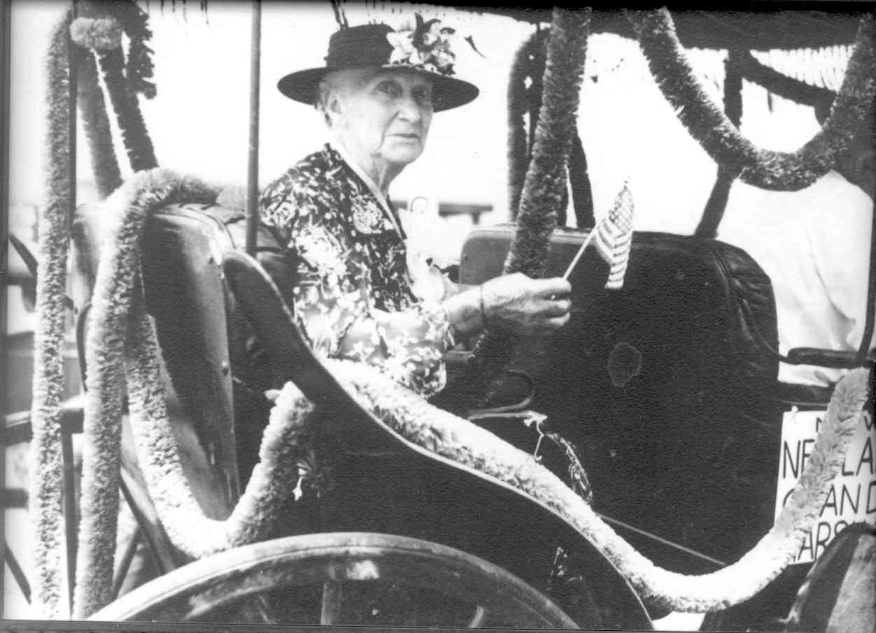 Mary Juanita DeLapp Newland, July 4, 1939. Source: City of Huntington Beach archives.