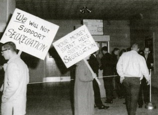 UT students continue their protest against segregation at the drag theater.