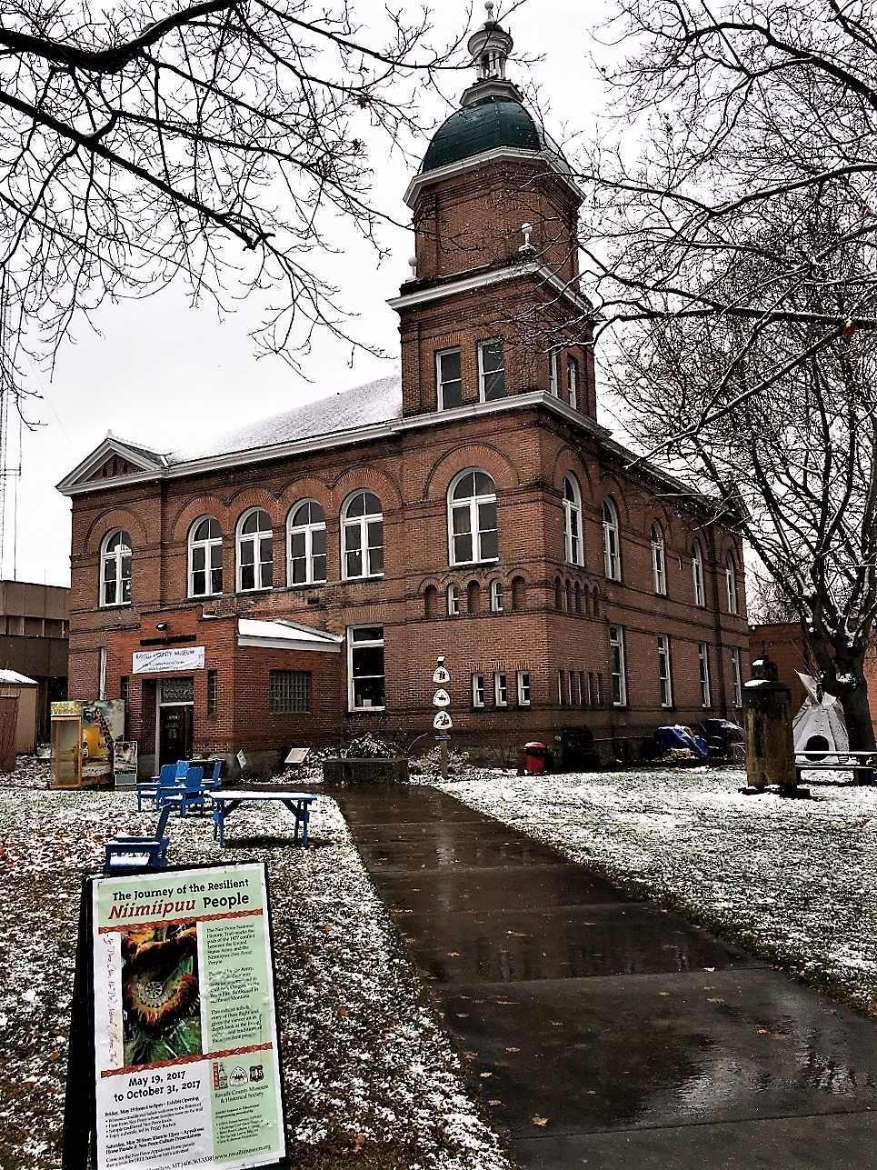 The Ravalli County Courthouse was built in 1900. Its design is a blend of Romanesque and Classical architecture.
