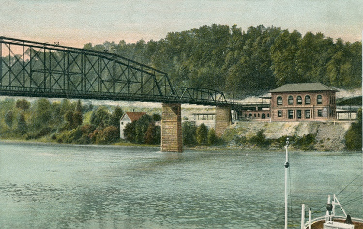 Historic image of original 1891 bridge and C&O Depot on right. Photo courtesy of mywvhome.com, direct link in sources section.