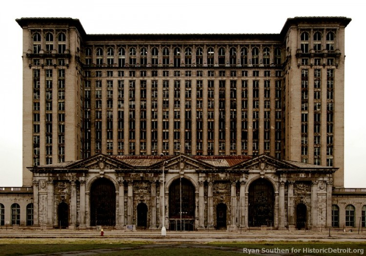 Michigan Central Station, before window renovation