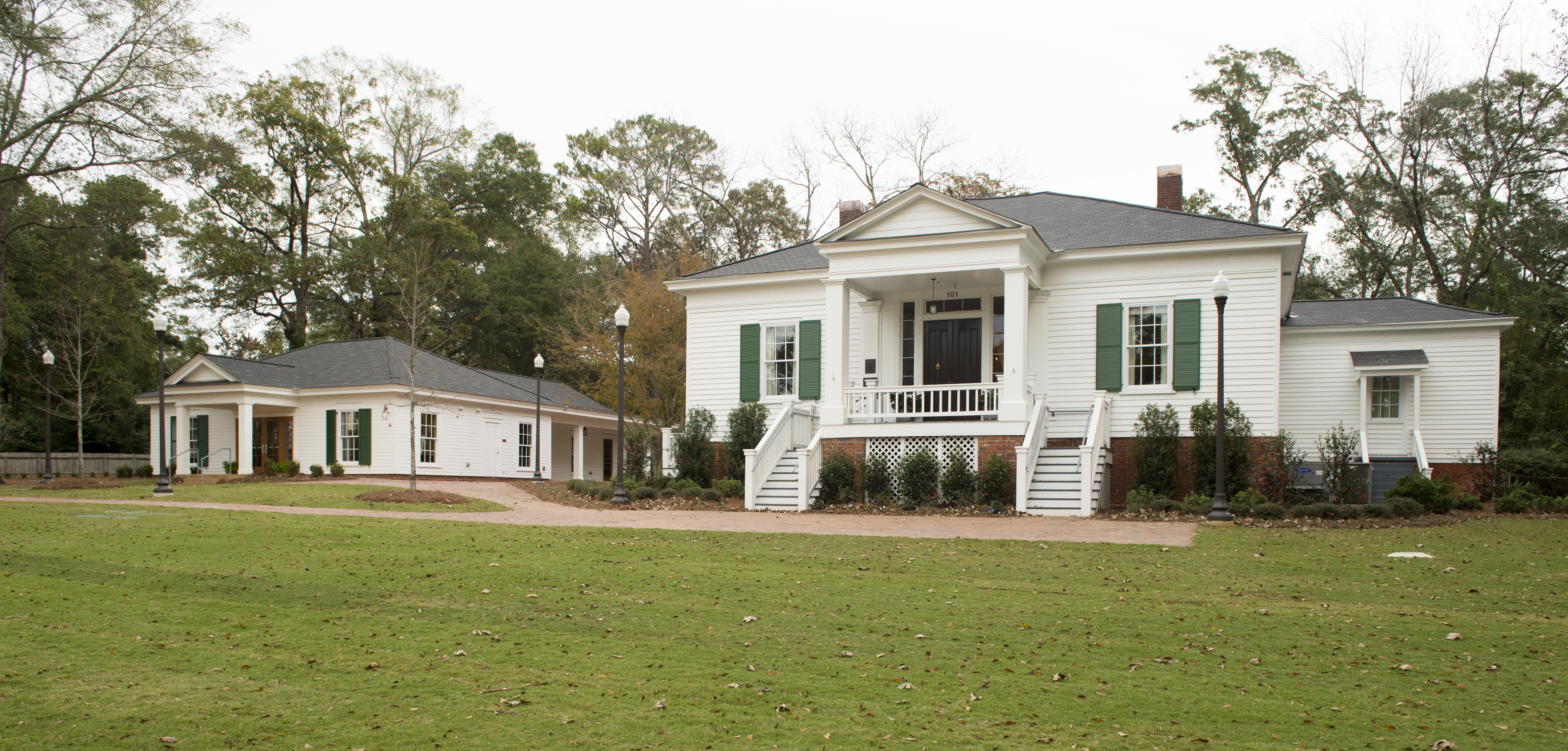 Designed in the Greek Revival style, Pebble Hill was built in 1847.