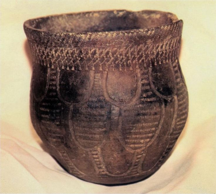 An example of Hopewell pottery, like the ones found in the Norton Mounds