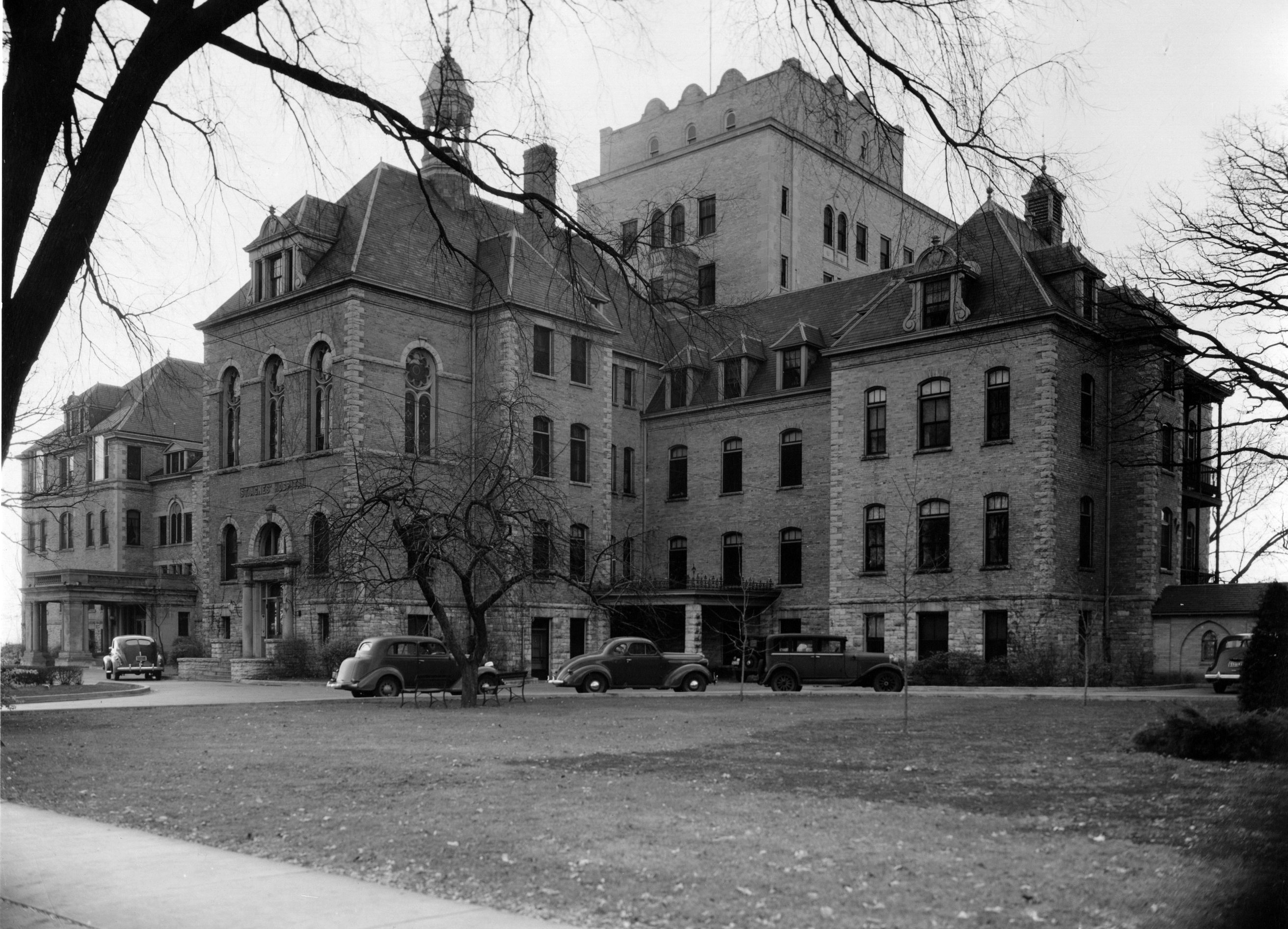 St. Agnes Hospital, 1930s