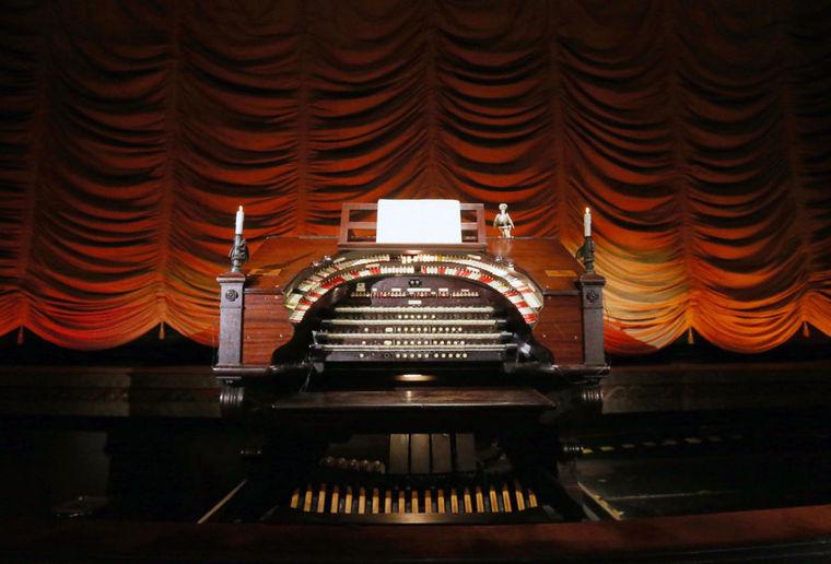 The Byrd's Mighty Wurlitzer Organ's keyboard.