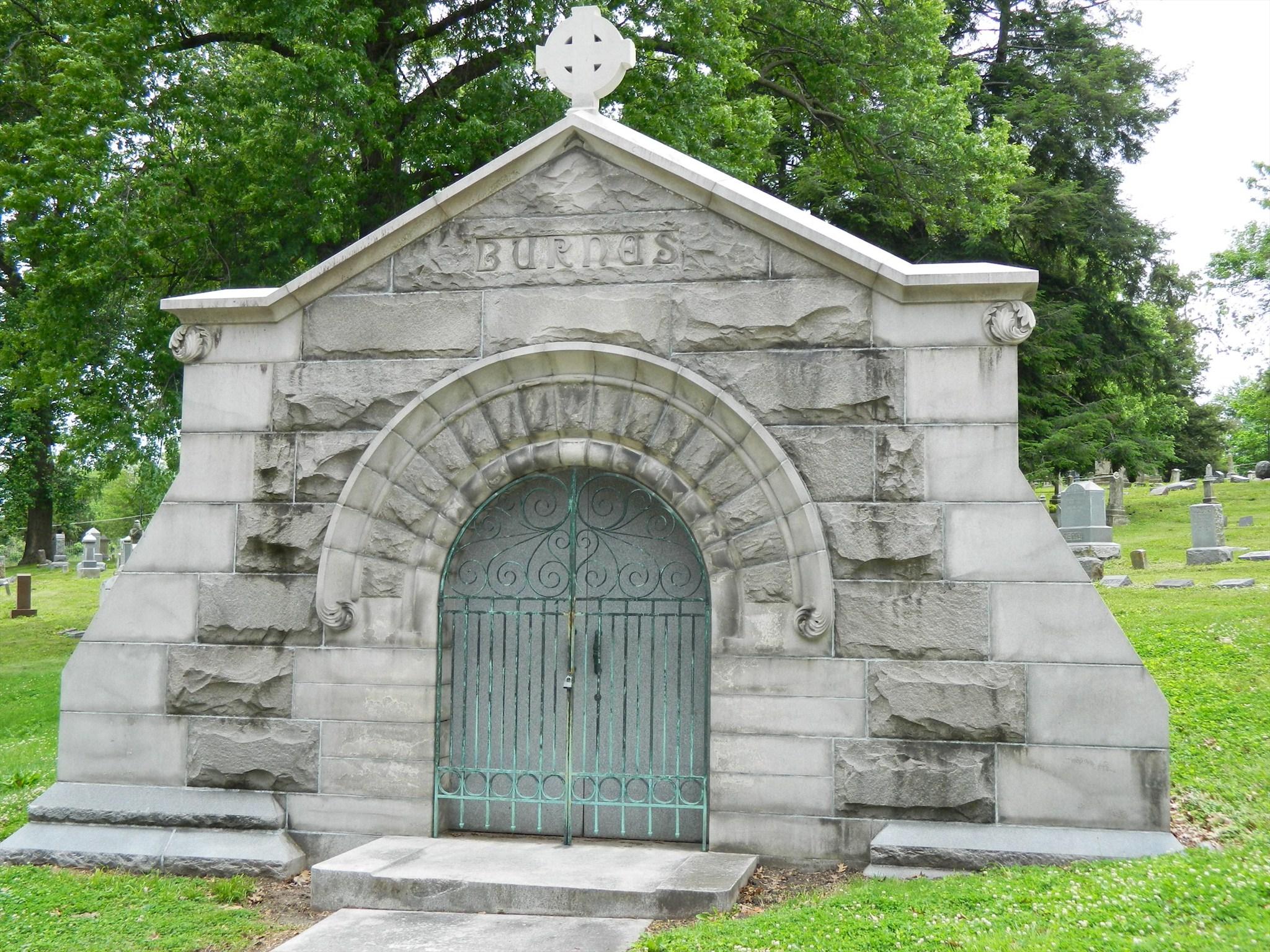 Mausoleum, Chapel, Building, Cemetery