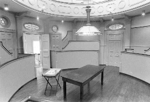 First surgical amphitheater in the U.S. at Pennsylvania Hospital, used 1804-1868 (image from University of Pennsylvania)