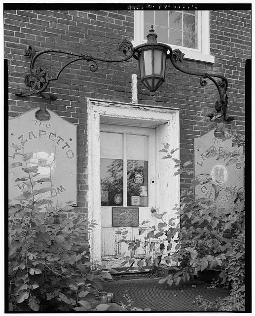 Door detail photographed in 2000 by Joseph Elliott (image from HABS)