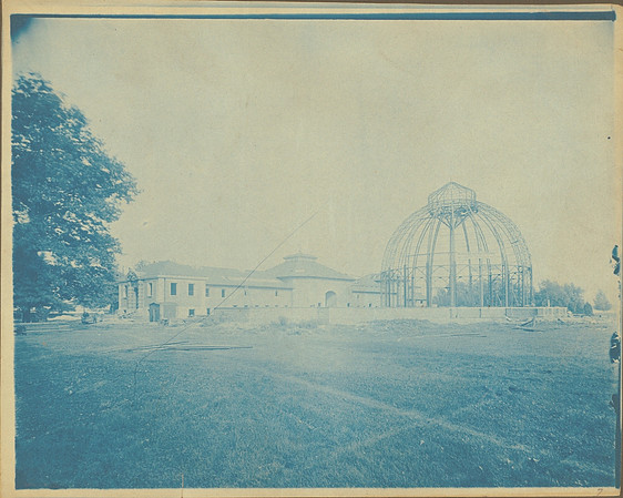 Construction of the conservatory in 1902