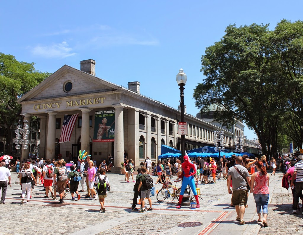 Quincy Market today (http://lostnewengland.com/)