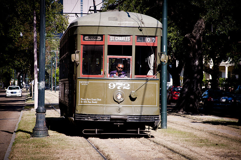St. Charles Streetcar today (commons.wikimedia.org)