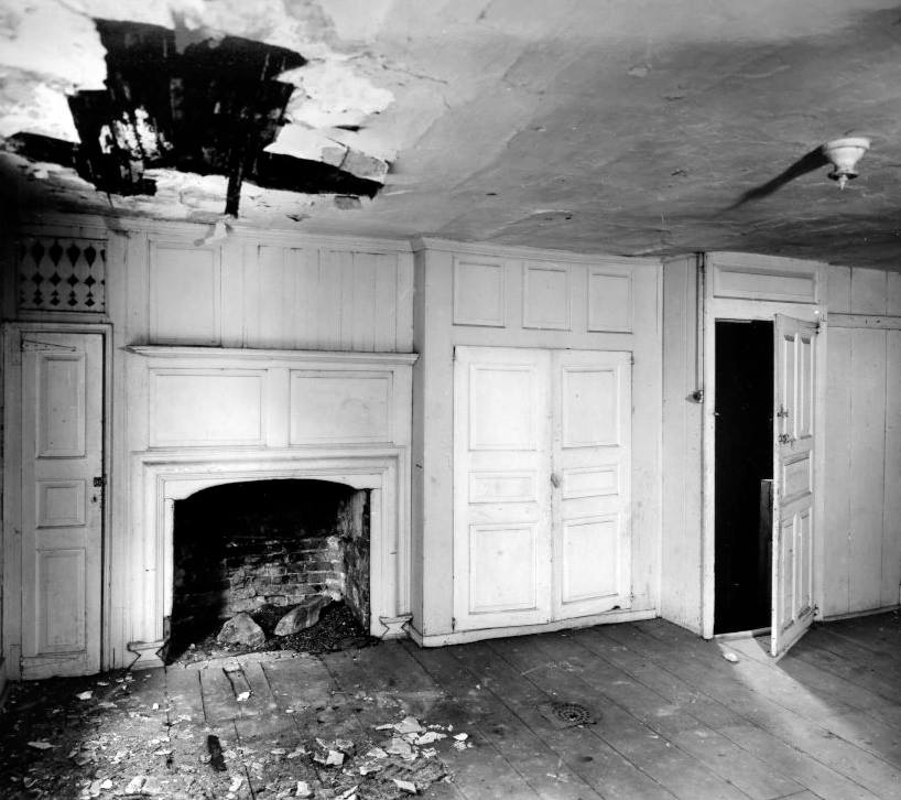 The guest bedroom before the building was restored