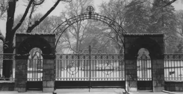 1917 Nixon Gates (image from Friends of Hope Cemetery)