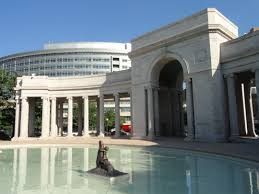 Voorhies Memorial Archway (image from Wikimedia Commons)