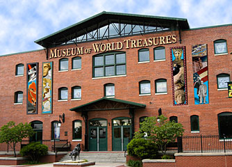 The Museum of World Treasures was founded in 2001 and moved to this location in 2003.