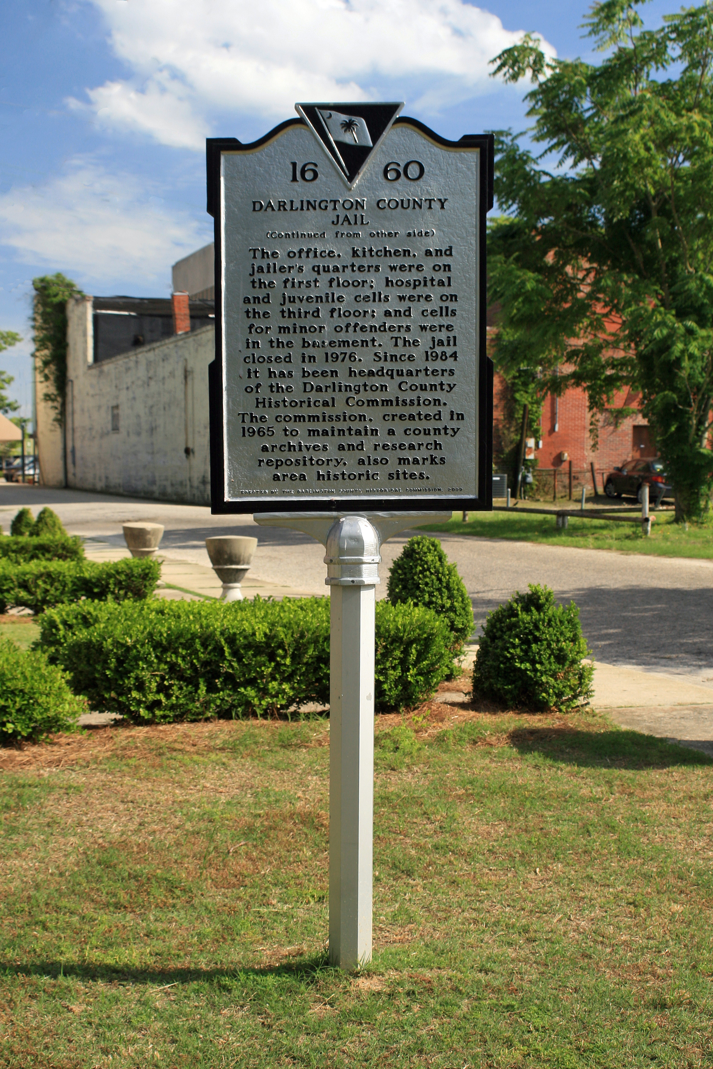 Historical Marker for the 1937 Darlington County Jail, Houses the Darlington County Historical Commission.