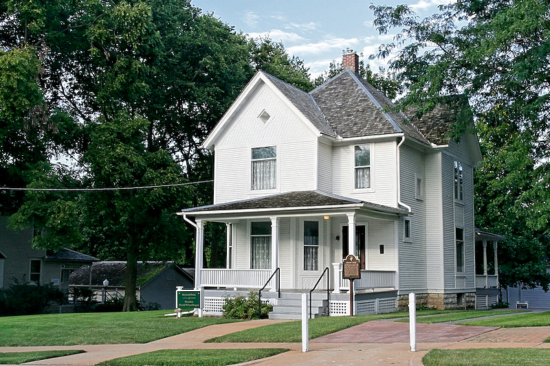 Boyhood home of President Ronald Reagan