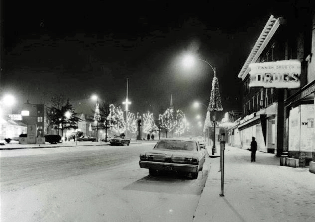 Upper Common in Christmas season, 1970's. Finnish Drug Store in foreground