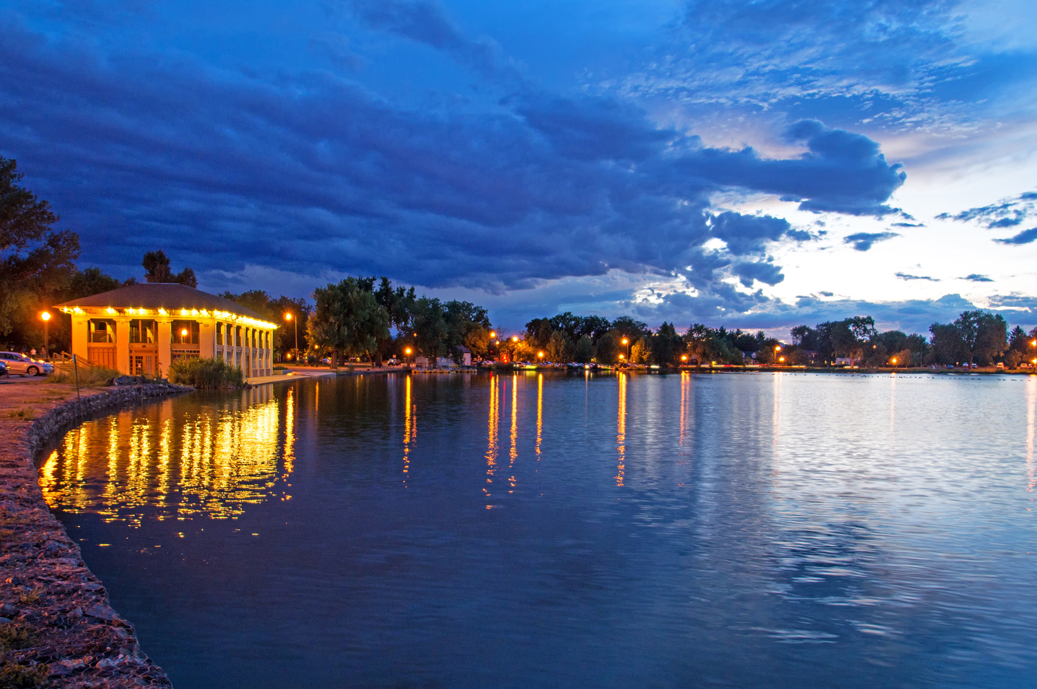 Washington Park Boathouse on Smith Lake (image from Denver Vibe)