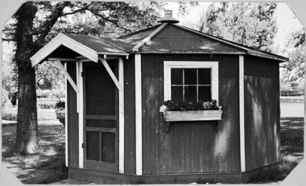 The historic Lawn Bowling Office (image from Denver Public Library)