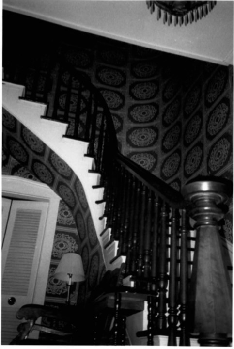 Original interior staircase in Gertrude and Nelson Burch House in 2002 (Beetem)